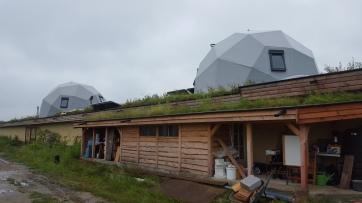 Aardehuizen in Olst - Geometrische domes